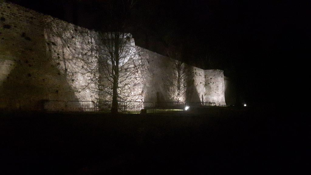 Boulogne city walls at night